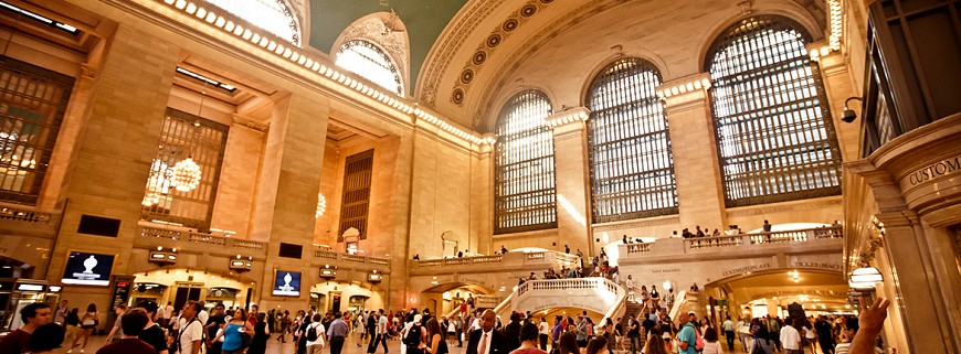 voyages-organises-new-york-autocar-jour-de-lan-sapin-de-noel-vitrines-train-grand-central-station-noel-fetes